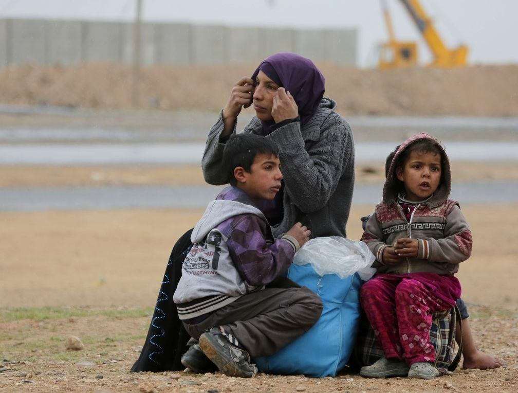 How can we psychologically and mentally remedy Iraq?