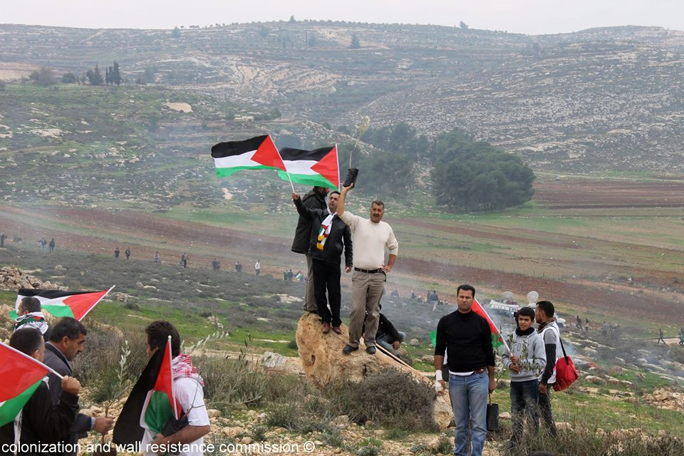 Resisting the Settlements and Judging them