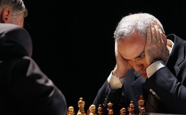 Kasparov, the retired champ who can not give up chess
