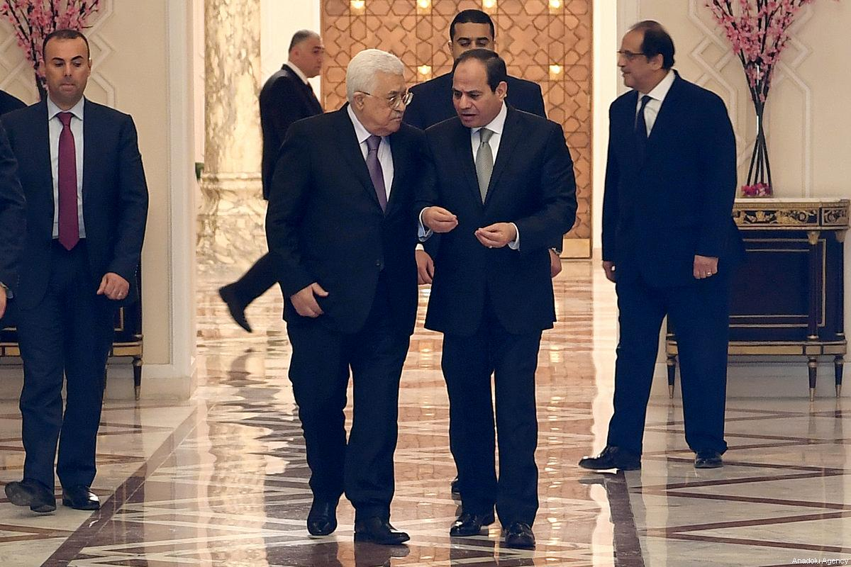 Al-Sisi asks Abbas to go ahead with internal reconciliation