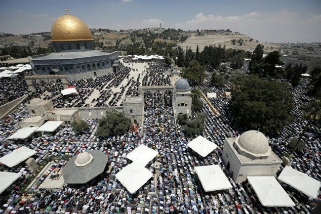 Israel's ban on Palestinian citizens of Israel entering Al-Aqsa 'illegal,' rights group says