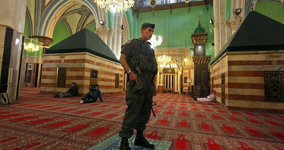 Extremist settlers to hold musical celebration at Ibrahimi Mosque