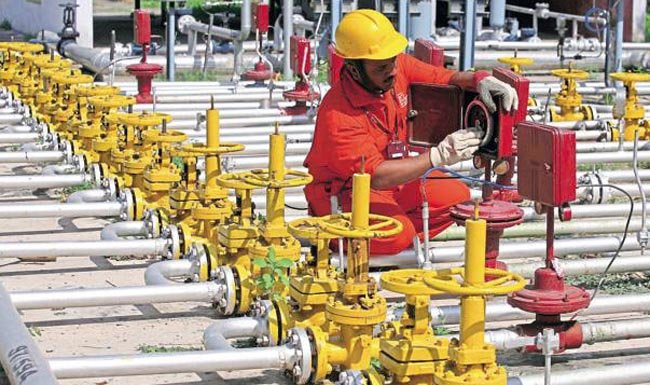 India offers Saudi Arabia stake in second phase of strategic oil reserve