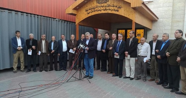 Factions call on Abbas not to impose new sanctions on Gaza