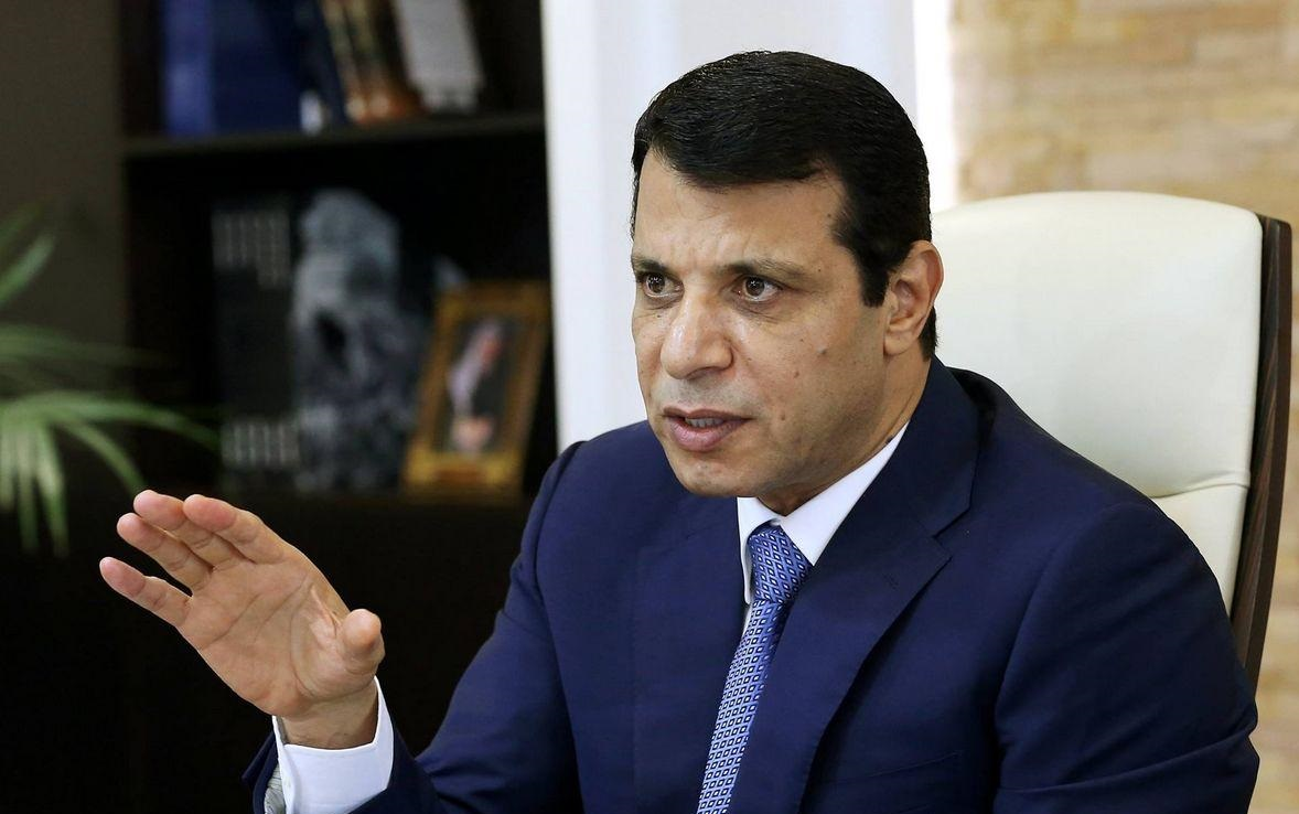 Egypt likely to oust Abbas in favor of his rival Mohamed Dahlan